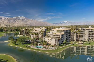Rancho Mirage Condo/Townhouse For Sale: 900 Island Drive #213