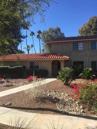 Palm Desert Condo/Townhouse For Sale: 72837 Don Larson Lane