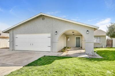 Cathedral City Single Family Home Contingent: 68135 Marina Road