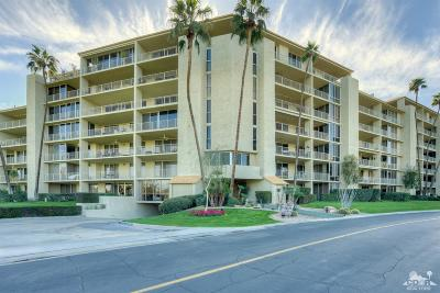Rancho Mirage Condo/Townhouse For Sale: 900 Island Drive #701