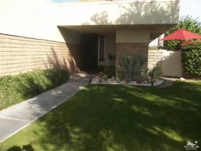 Palm Springs Condo/Townhouse For Sale: 1622 Sunflower Court North