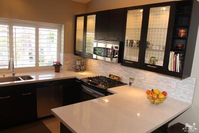 Oasis Country Club Condo/Townhouse Contingent: 42722 Liolios Drive