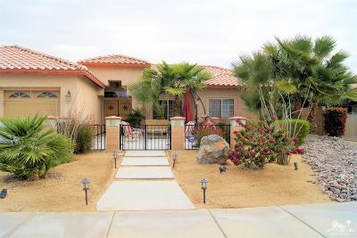 La Quinta Single Family Home Contingent: 78584 San Marino Court