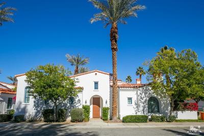 Single Family Home For Sale: 77500 Vista Flora