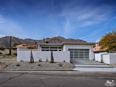 La Quinta Single Family Home Contingent: 53450 Avenida Carranza