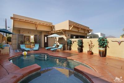 La Quinta Single Family Home Contingent: 53465 Avenida Villa