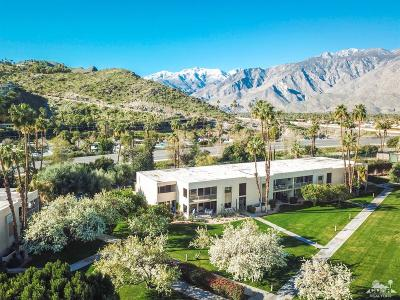 Palm Springs Condo/Townhouse For Sale: 447 Desert Lakes Drive