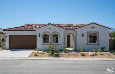 Rancho Mirage Single Family Home For Sale: 15 Riesling