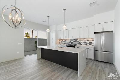 La Quinta Single Family Home For Sale: 54510 Avenida Vallejo