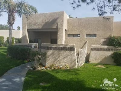 Cathedral City Condo/Townhouse For Sale: 28700 W Natoma Drive