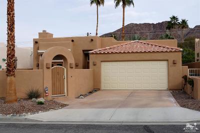 La Quinta Single Family Home Contingent: 53870 Avenida Vallejo