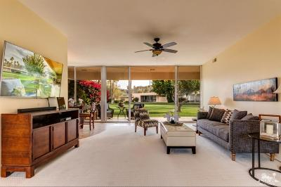 Palm Springs Condo/Townhouse For Sale: 151 Desert Lakes Drive