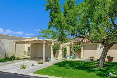 Palm Valley CC, Palm Royale, Rancho La Quinta CC, PGA Palmer Private, Santa Rosa Cove Coun, BDCC Country, Laguna De La Paz, Duna La Quinta, Oasis Country Club, The Hideaway, Indian Ridge, Ironwood Country Clu, Vintage Country Club Condo/Townhouse For Sale: 79008 Bayside Court