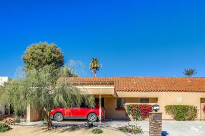 Palm Desert Condo/Townhouse For Sale: 40793 Inverness Way
