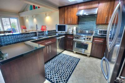 Palm Desert Condo/Townhouse For Sale: 41770 Woodhaven Drive East