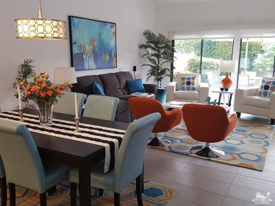 Palm Springs CA Condo/Townhouse For Sale: $329,999