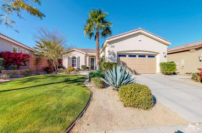 La Quinta Single Family Home For Sale: 81136 Laguna Court