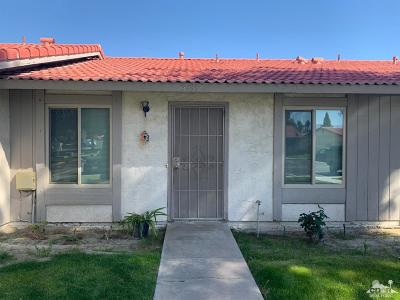 Indio Condo/Townhouse For Sale: 48312 Garbo Drive
