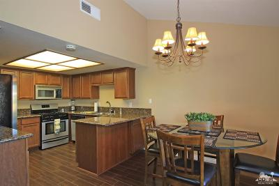 Indio Condo/Townhouse Contingent: 49135 Barrymore St Street