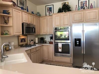 Palm Desert Single Family Home Contingent: 78431 Condor Cove