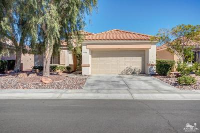 Palm Desert CA Single Family Home For Sale: $335,000
