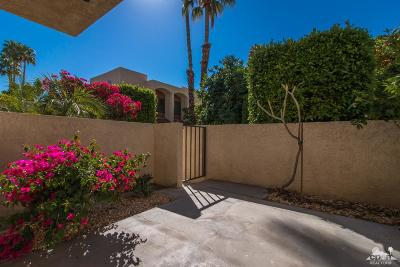 Palm Springs Condo/Townhouse For Sale: 200 E Racquet Club Road #29