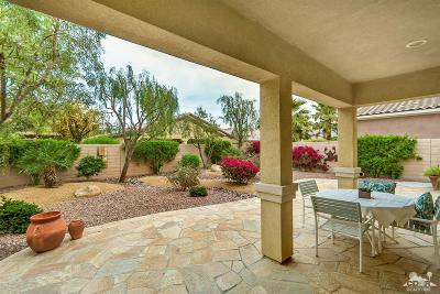 Sun City Shadow Hills Single Family Home Contingent: 81098 Avenida Vidrio