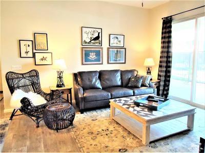 Palm Desert Condo/Townhouse For Sale: 2102 Via Calderia