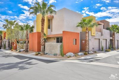 Palm Springs Condo/Townhouse For Sale: 3594 Penny Lane