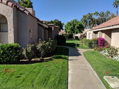 Palm Desert Condo/Townhouse For Sale: 43875 San Ysidro Circle