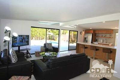 Palm Desert Single Family Home For Sale: 45720 Abronia