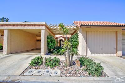 Indio Condo/Townhouse For Sale: 49339 Eisenhower Drive