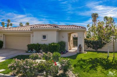 La Quinta Single Family Home For Sale: 55176 Laurel Valley