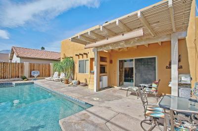 La Quinta Single Family Home For Sale: 53280 Avenida Carranza