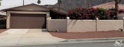 La Quinta Single Family Home Contingent: 52880 Avenida Mendoza