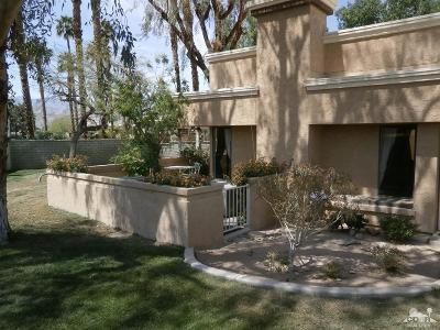 Casablanca Condo/Townhouse For Sale: 41751 Colada Court