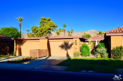 Rancho Mirage Condo/Townhouse For Sale: 79 La Ronda Drive