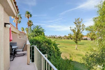 La Quinta Condo/Townhouse For Sale: 55504 Laurel Valley