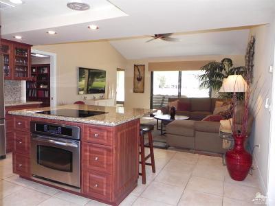 Palm Desert Condo/Townhouse For Sale: 77369 Preston #15-9
