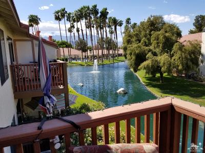 Palm Desert Condo/Townhouse For Sale: 43376 Cook Street #190