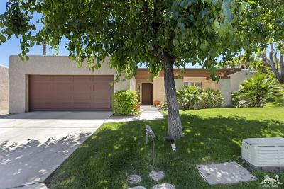 Palm Springs Condo/Townhouse For Sale: 3485 Ridgeview Circle