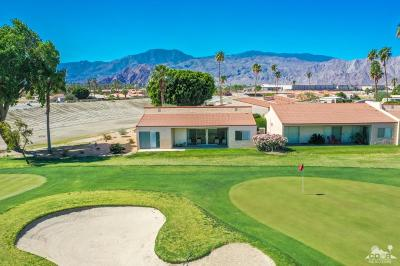 La Quinta Condo/Townhouse For Sale: 80130 Palm Circle Drive