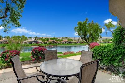 Palm Desert Condo/Townhouse For Sale: 822 Red Arrow