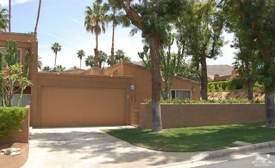 Ironwood Country Clu Condo/Townhouse For Sale: 73401 Dalea Lane