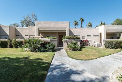 Cathedral City Condo/Townhouse For Sale: 67494 S Chimayo Drive