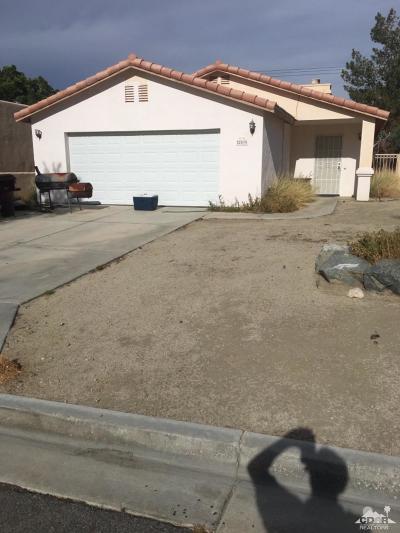 La Quinta Single Family Home For Sale: 52870 Avenida Herrera