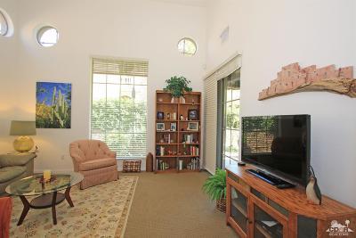 Palm Desert Condo/Townhouse For Sale: 2092 Via Alba
