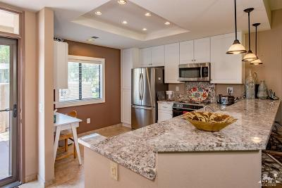 Cathedral City Condo/Townhouse For Sale: 28890 W Natoma Drive