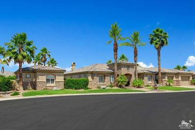 La Quinta Single Family Home For Sale: 52455 Whispering Way