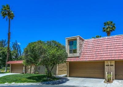 Cathedral City Condo/Townhouse For Sale: 68718 Calle Denia